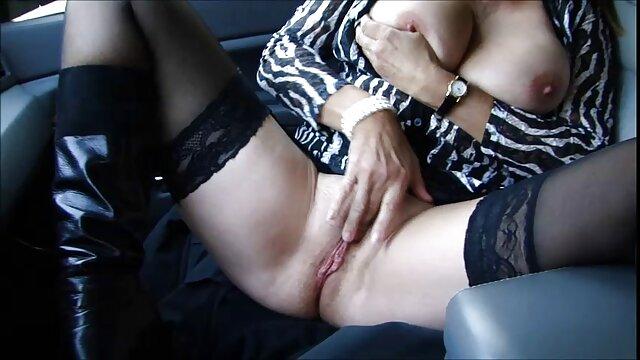 Amatir Lesbian jari dan menjilati lubang bokep jav seks anal mereka