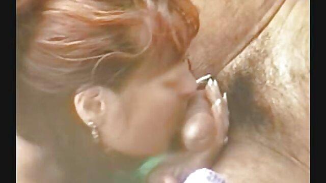 bisexual Brooke Wylde dan Keisha Grey fucking seorang download jav bokep pria beruntung.